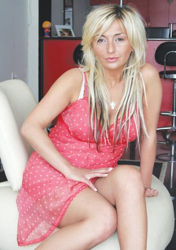 გადმოწერა 3 : Nina Wkrialashvili- suratebi